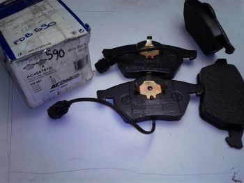 Brake pads Front ACDelco...