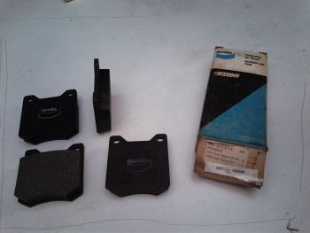 Front brake pads Bendix RB...