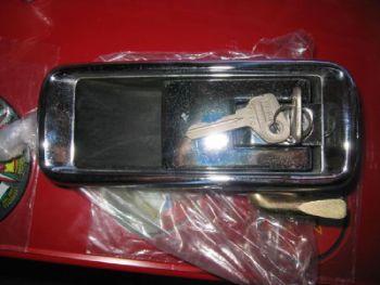FIAT 132 - MANIGLIA ANTERIORE DESTRO CON CHIAVE
