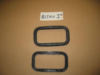 FIAT RITMO PRIMA SERIE - CORNICE IN PLASTICA NERO MANIGLIA APRIPORTA